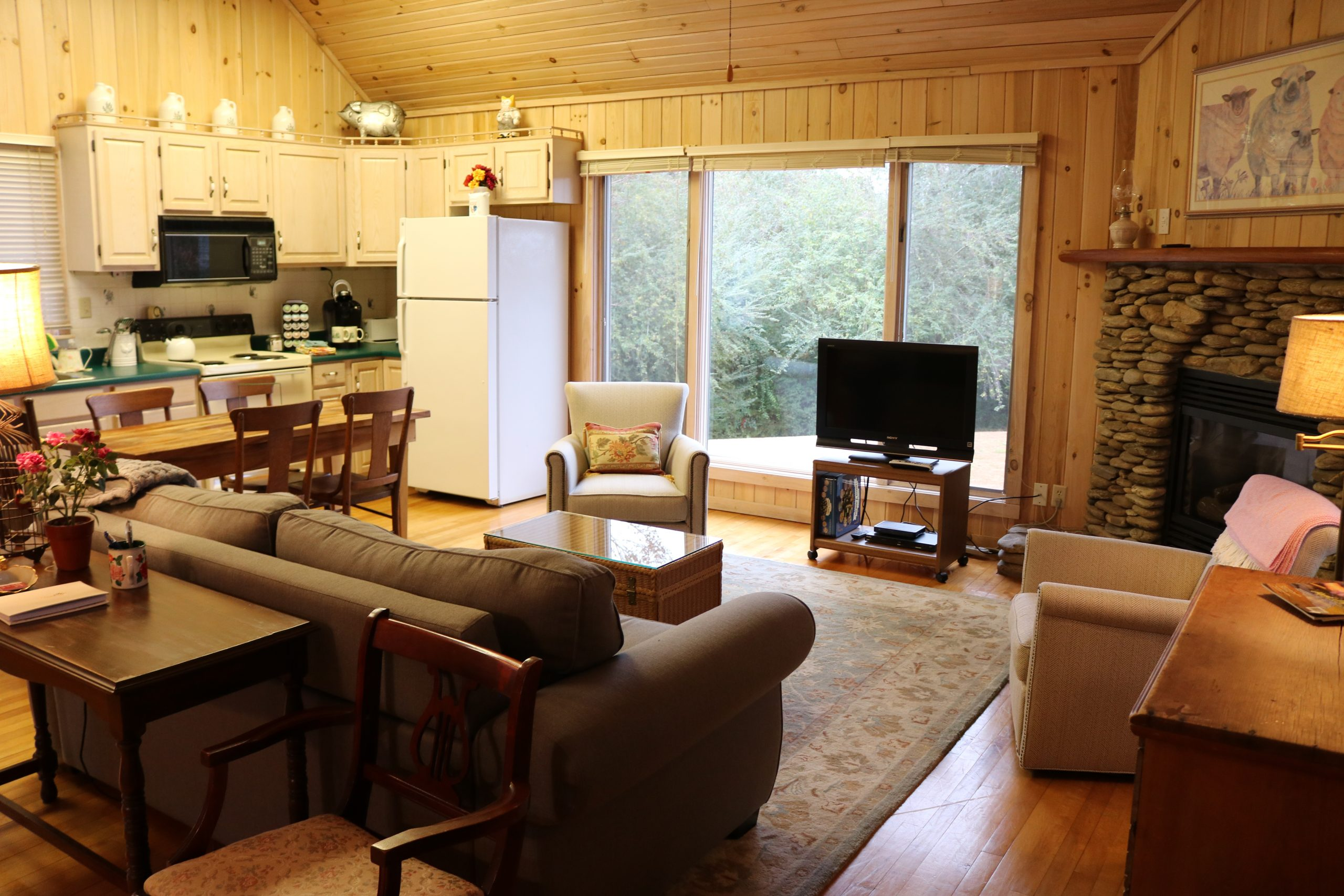 Rose Cottage Livingroom